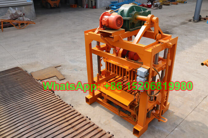 GiantLin QT40-2 manual concrete hollow block making machine for Ghana